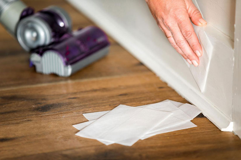 how to clean baseboards with dryer sheets