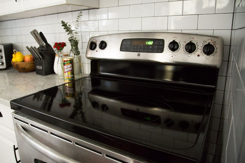 how to clean black glass top stove